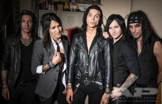 blackveilbrides_header_2016